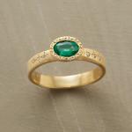 Zouzou Emerald Ring