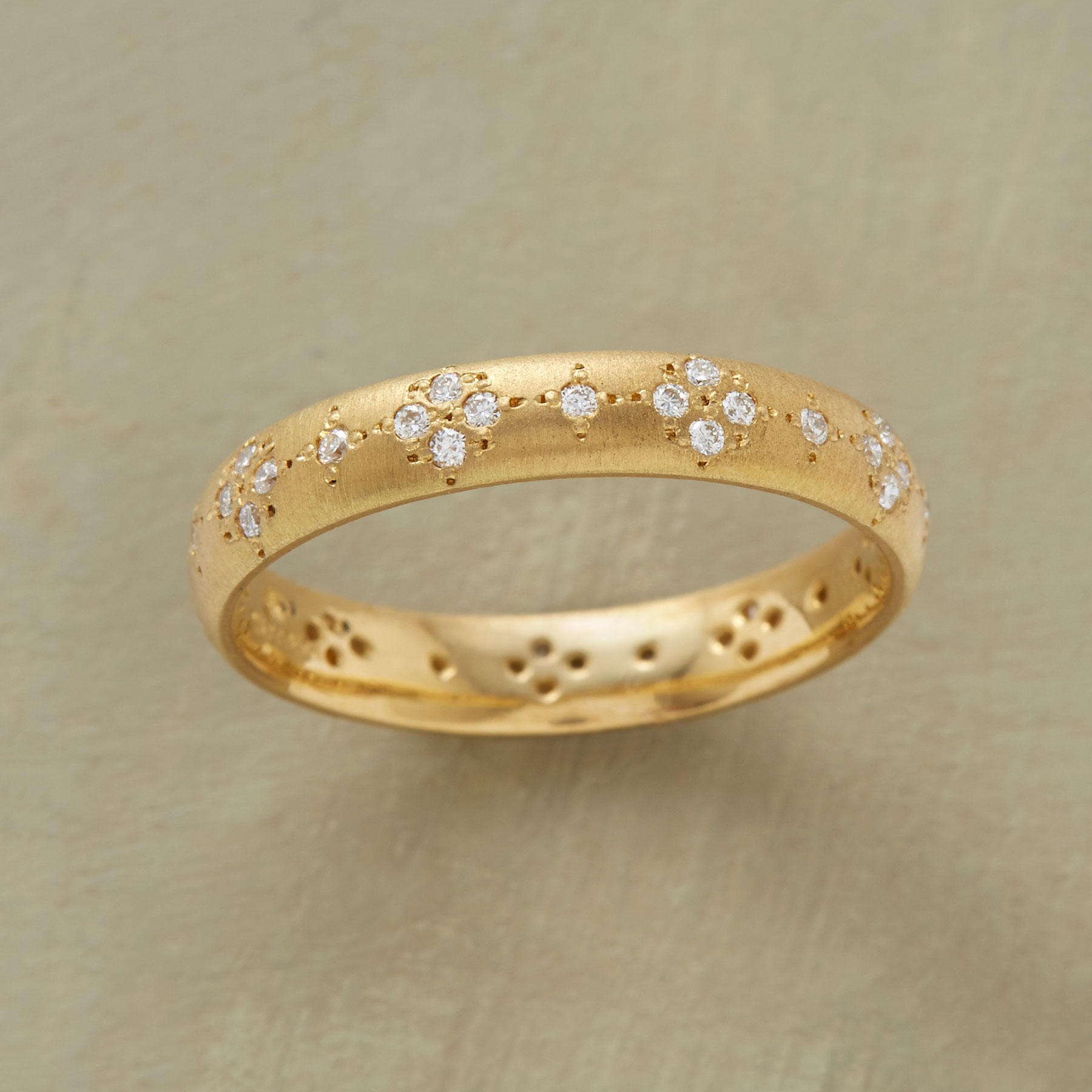 Mezzouna Band  Ring