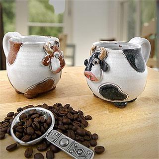 Stoneware Pottery Cow Mug
