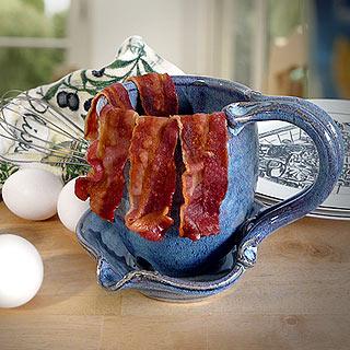 Stoneware bacon cooker mug for microwave heartful portal for Decor bacon cooker