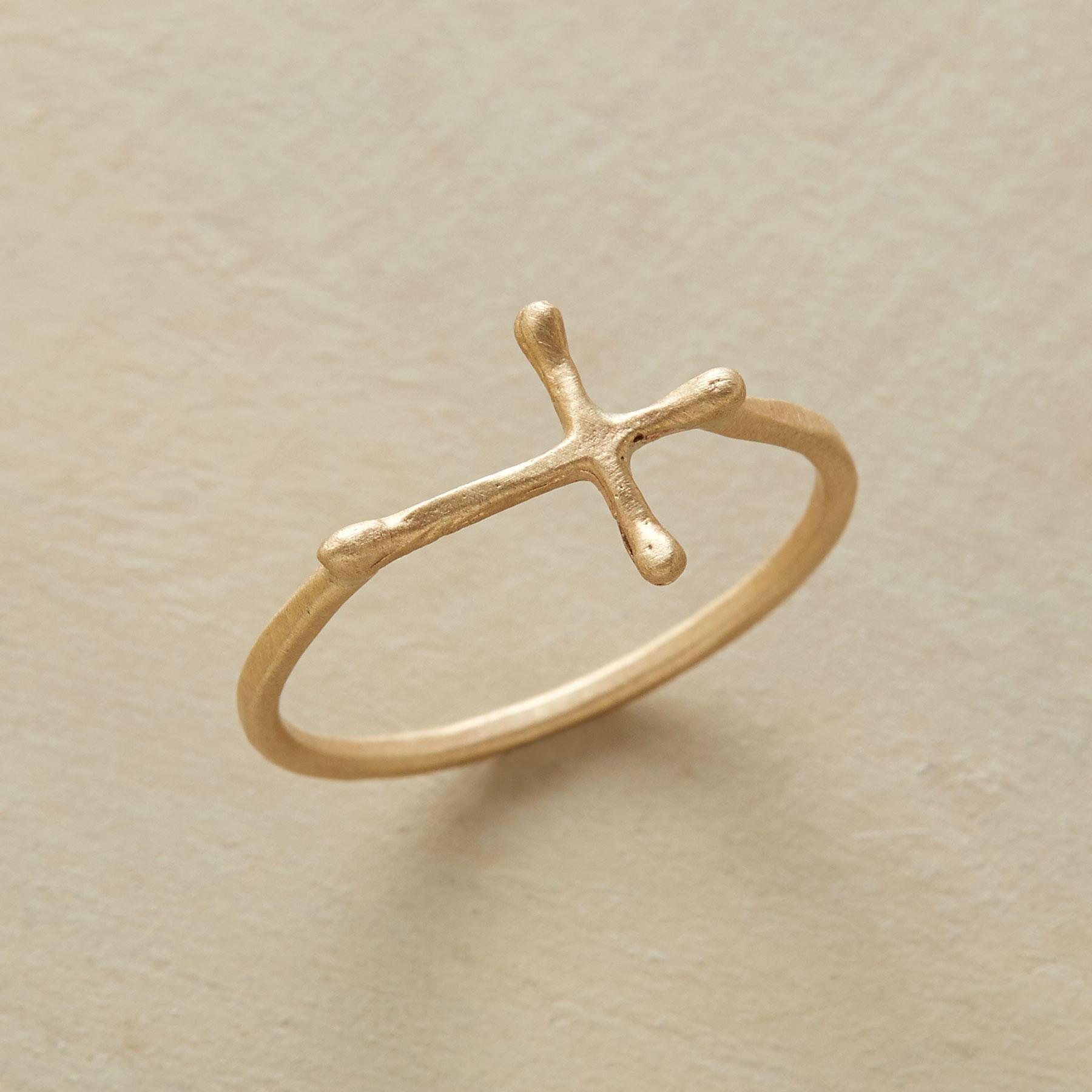 10kt Gold Crossways Ring
