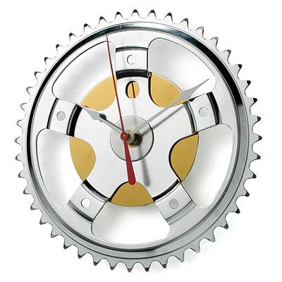 Hybrid Wall Clock