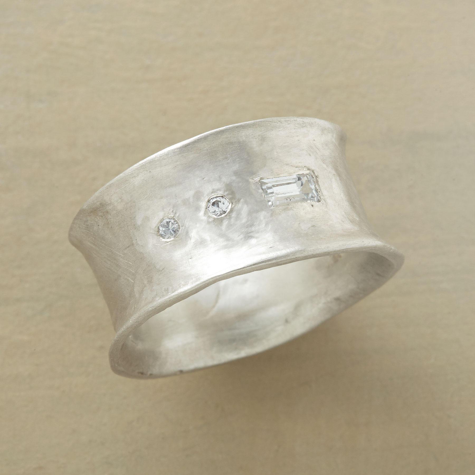 Ondine Ring