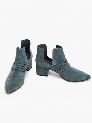 Joselyne Boot